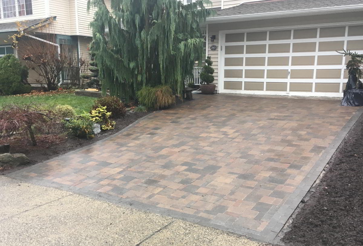 Residential Landscaping - Paving Stones